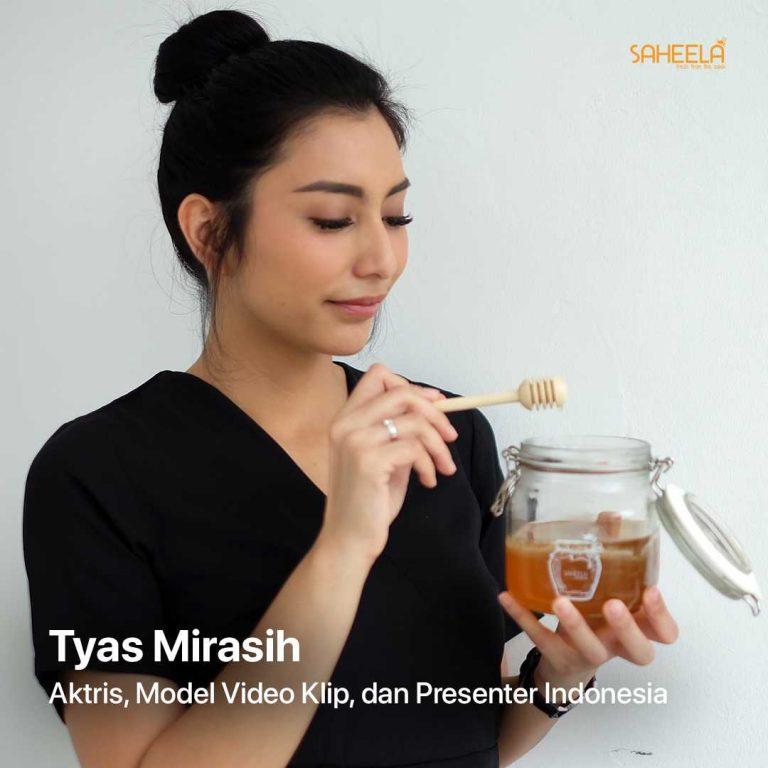 Tyas Mirasih Aktris Model Video Klip dan Presenter Indonesia